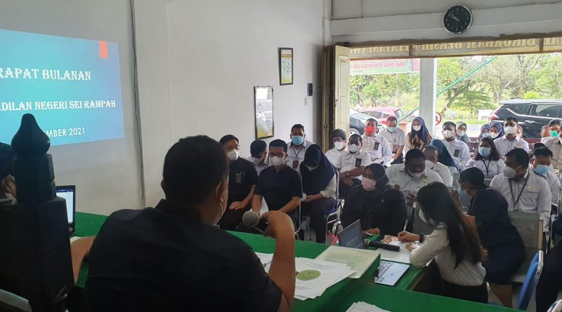 Rapat Bulanan Bulan September 2021 serta Rapat Monitoring dan Evaluasi APM dan ZI Pengadilan Negeri Sei Rampah